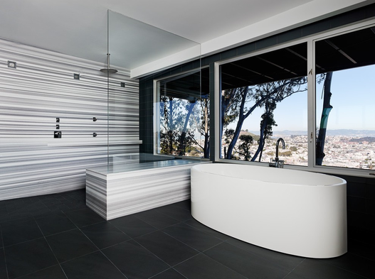 Luxury bathroom with a view